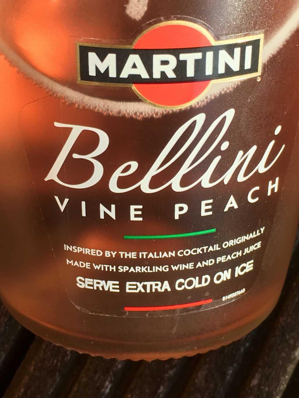 martini belllini vine peach etiket
